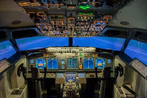simulateur de vol et diner spectacle chippendales